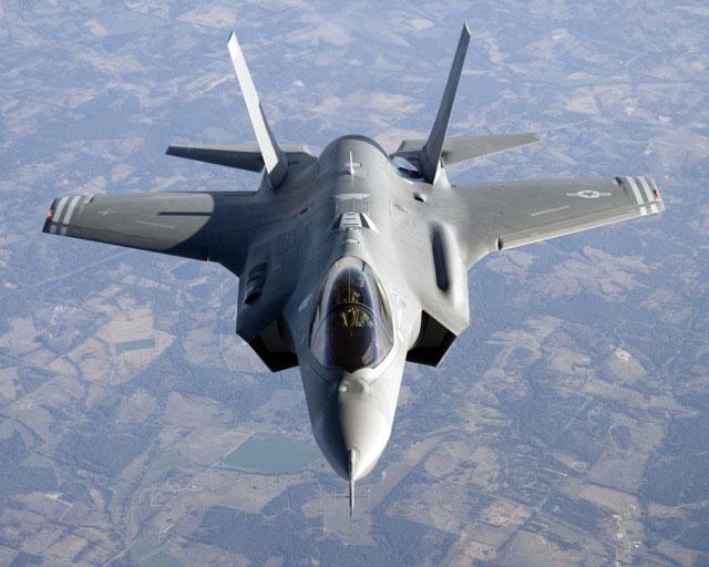 """ה-F35: מטוס חמקן שכובל את ביטחון ישראל לארה""""ב לעוד 20 שנה"""